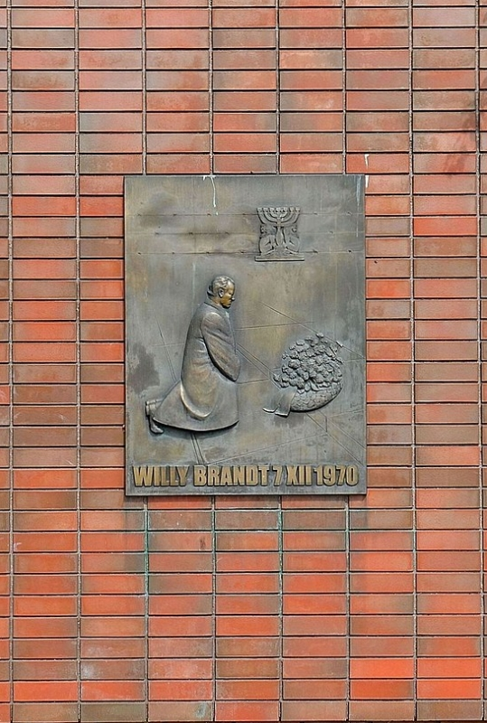 The Memory of the Warsaw ghetto